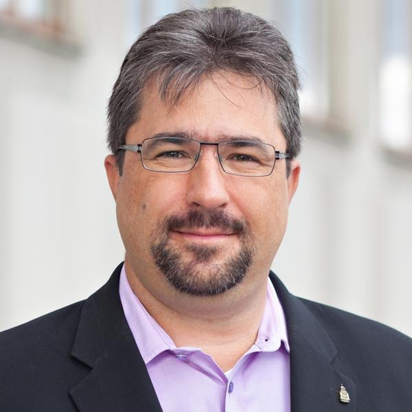 Pavel Makovský, LIGS University